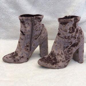 Pink velvet heeled booties